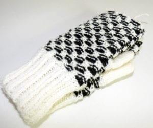 Hålkrusvante vit/svart